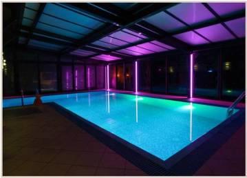 Oświetlenie w krokwiach - zabudowa basenu